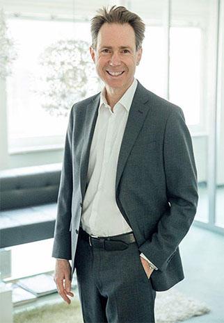 Martin Straub, Managing Director